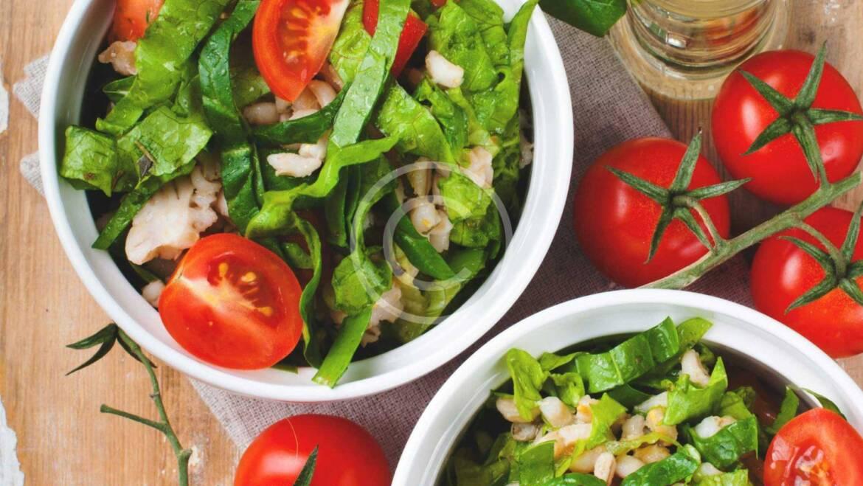Incongruous salad mixes and recipes